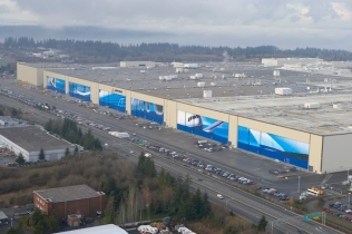 Future of Flight/Everett Factory doors K63553-05