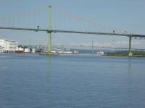 Twee tolbruggen naar Halifax