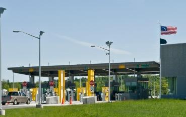 Border Crossing. St.Stephen NB - Calais Me