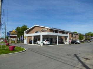 Monte-Christo Hotel & Suites